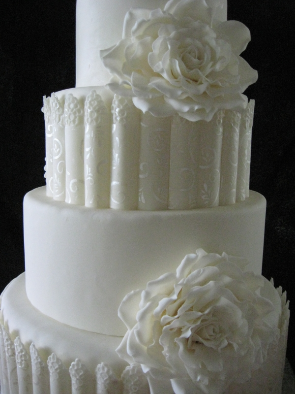 White Rose Wedding cake stenciling