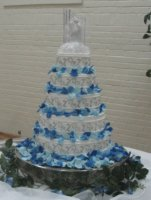 Blue rose petals wedding cake